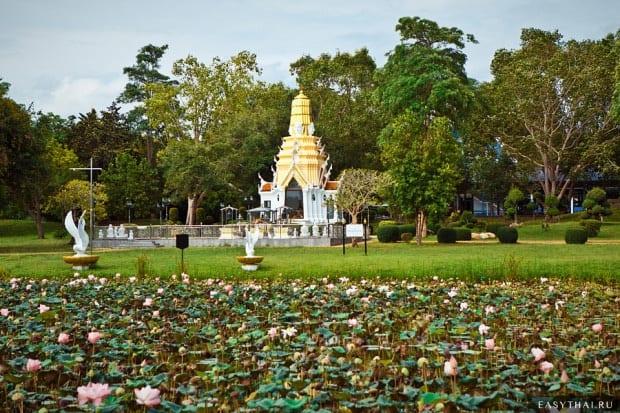 Территория храма Янасангварарам