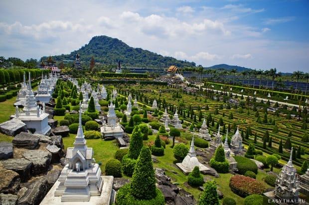 Версальский сад в Нонг Нуче