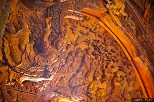 Деревянные украшения храма