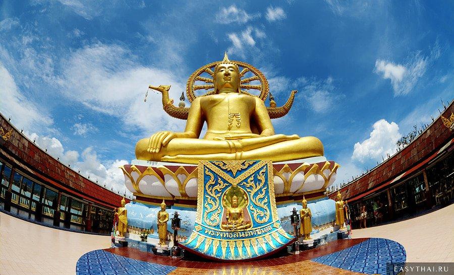 Большой Будда в храме Wat Phra Yai