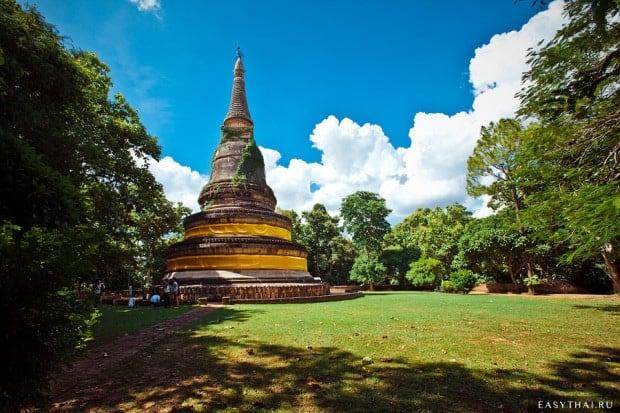 Пагода над храмом