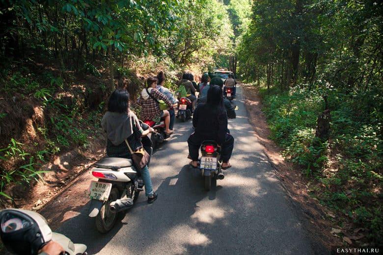 На мотоцикле по серпантину