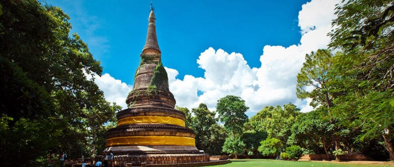 Ват Умонг или Храм Туннель в Чиангмае — исключение из правил
