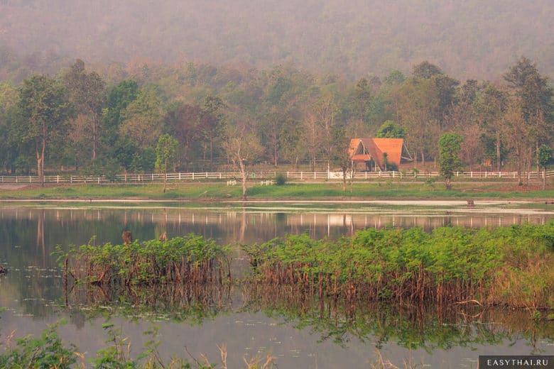 На озере Huay Tung Tao