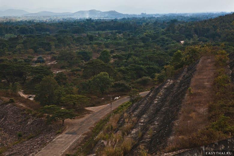 Дорога к дамбе в Чиангмае